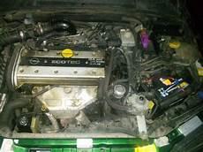 opel vectra 1 8 b 16v benzyna gaz nie ma wtrysku paliwa