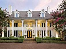 i am addicted to southern architecture and i would