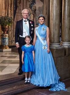 Prinzessin Schweden - sweden s princess estelle turns 6 with a cake fit for a