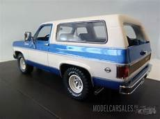 chevrolet blazer k5 blue white 1 43 mx20302 382 matrix