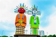 Patung Ondel Ondel Raksasa Di Kemayoran Ekoeriyanah
