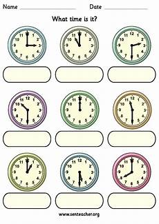 worksheet containing 9 analogue clocks showing o clock or half past times with space to write in