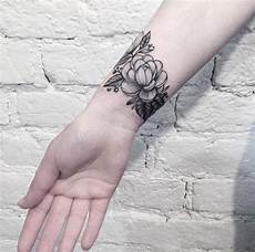 50 amazing wrist tattoos for men women tattooblend
