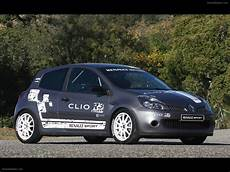clio 3 diesel renault clio r3 access car pictures 06 of 12 diesel station