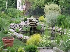 Den Garten Mit Steinen Gestalten Sch 246 Ne