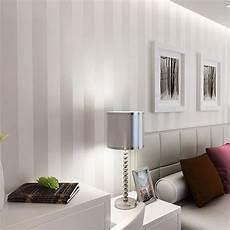 Tapeten Ideen Wohnzimmer Grau - graue tapete wohnzimmer