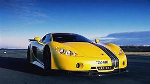 DREAM GARAGE Ascari A10  Essential Style For Men