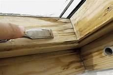 Dachfenster Lasieren Lackieren Bei Wasserschaden Haus