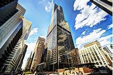 Buildings For Sale In Chicago by The 5 Chicago Buildings That Draw Millions Of Tourists