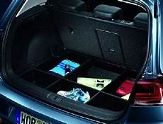 golf 5g luggage compartment tray with partition
