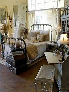 Images Decorating Ideas by 50 Classic And Vintage Farmhouse Bedroom Ideas