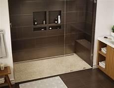 Duschbereich Ohne Fliesen - dusche sitzbank gemauert dusche dunkelbraun