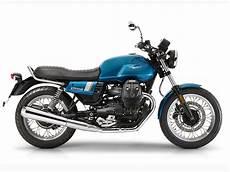 moto guzzi v7 iii 2017 moto guzzi v7 iii lineup look review rider