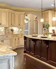 paint colors for antique white cabinets 25 antique white kitchen cabinets ideas that blow your mind reverb