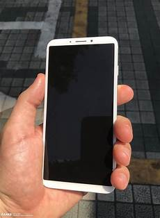 on iphone 8 dummy with rear mounted touch id sensor