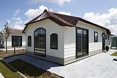 luxus chalet mobilheim mit terrasse in top lage direkt