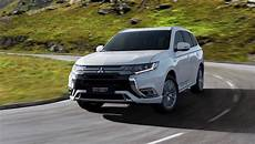 2019 Mitsubishi Outlander In Hybrid Gets More
