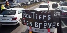 grève des routiers 2017 gr 232 ve des chauffeurs routiers 171 mati 232 res dangereuses 187 pour eux et nous gauche r 233 volutionnaire