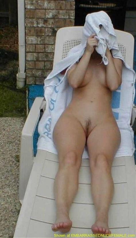 Nude Pegging