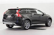 new 2018 volvo v60 cross country 4dr wgn t5 awd station