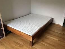 bett mit lattenrost und matratze sch 246 nes bett mit lattenrost und matratze kaufen auf ricardo