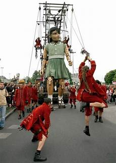 royal de luxe geneve 17 best images about sultan s elephant on the