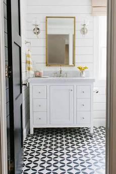 studio bathroom ideas 80 ways to decorate a small bathroom shutterfly