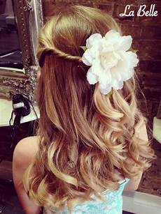 20 flawless flower girl hairstyles