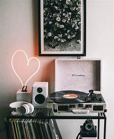 Vinyl Home Decor Ideas by Pin By Aaron Conda On Room Aesthetics Bedroom Room