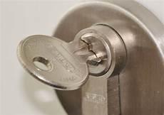 Briefkasten Ohne Schlüssel öffnen - t 252 ren ohne schl 252 ssel 246 ffnen