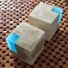 Modern Concrete And Resin Bookends Set Of 2 Beton