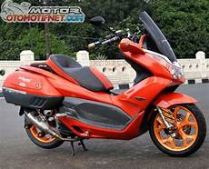 Pcx Modif Touring by Foto Modifikasi Honda Pcx 150 Orange Siap Touring