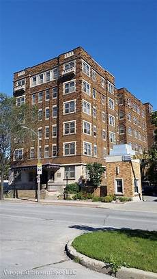 2324 w wisconsin ave milwaukee wi 53233 condo for rent
