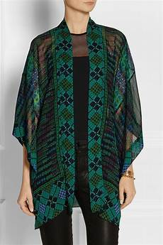sui printed silk georgette kimono style jacket in black lyst
