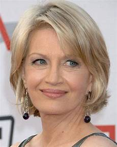 20 photo of short haircuts for seniors