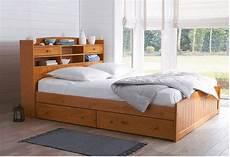 tete de lit pin lit avec t 234 te de lit pin massif grimsby soldes lit la