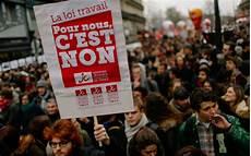 manifestation contre la loi du travail loi travail macron loin des manifestations le parisien