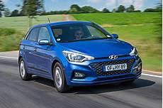 hyundai i20 maße hyundai i20 review 2019 what car