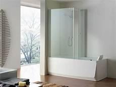 box vasca bagno doccia e vasca vicine