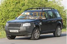 2011 land rover freelander 2 facelift spied photos 1 of 6