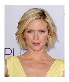 debby boone hairstyle debby boone short straight casual hairstyle blonde hair color