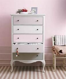 repeindre une commode 81885 comment repeindre un meuble une nouvelle apparence repeindre meuble comment repeindre un