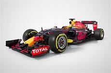 bull formule 1 2016 f1 cars revealed