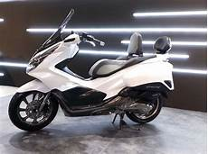 Modifikasi Honda Pcx 150 Touring by Modifikasi Honda Pcx 150 Indonesia Tahun 2018 Versi