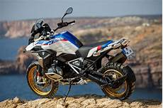 2019 bmw r 1250 gs and r 1250 rt look review