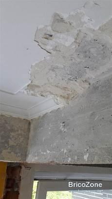 décaper peinture mur comment retirer du platre enduit sur plafond en beton