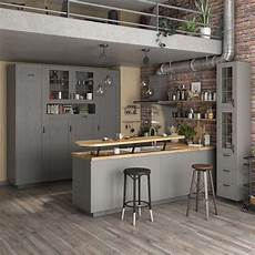 cuisine grise et ilot de cuisine dans un loft leroy merlin