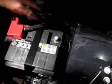 Fiat 500 Batterie Ab Und Anklemmen Blue Me Reset
