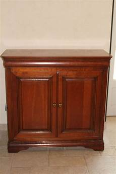 comment repeindre un meuble en bois vernis comment relooker un meuble en merisier les meubles en
