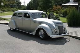 1937 CHRYSLER AIRFLOW CUSTOM 4 DOOR SEDAN  137782